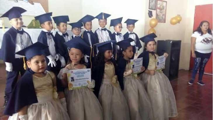 Los Amigos Class Graduation
